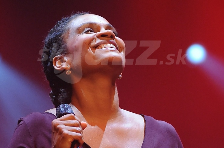 ile Verny, WDR Big Band and Cecile Verny, Jazz Festival Viersen 2009 © Patrick Španko