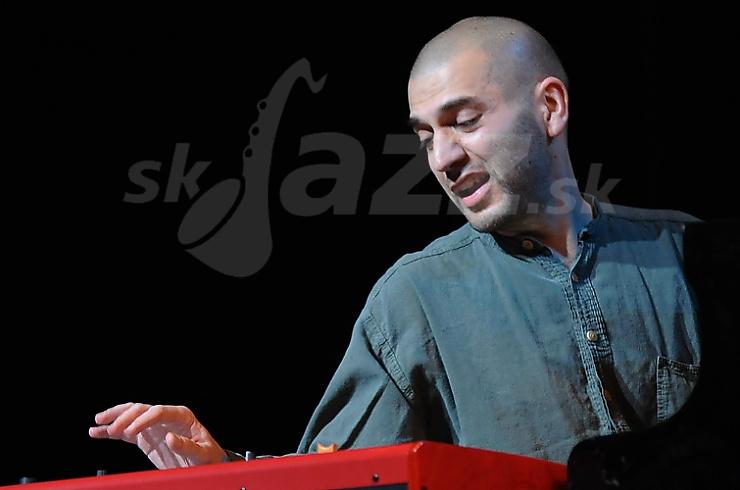 dan Ovsepian, Martin Valihora International Trio, divadlo Aréna 2010 © Patrick Španko