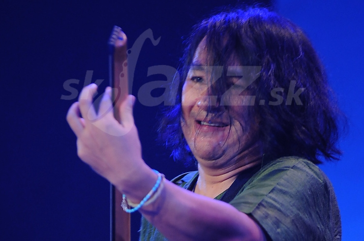mu Takeishi, Myra Melford Sextet, Saalfelden Jazz Festival 2010 © Patrick Španko