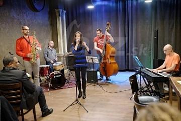 Miles White a Pavol LItauszki a Mirka Kolštromová a Trio © Andrej Mann