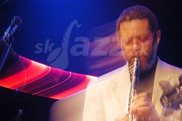 Klarinetista a saxofonista Don Byron !!!