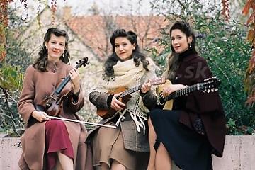Prichádza Paper Moon Trio !!!