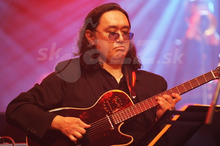 Gitarista Paul Shigihara !!!