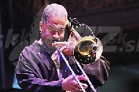 Trombonista Clifton Anderson !!!