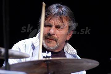Legenda bicích nástrojov oslavuje ... !!!